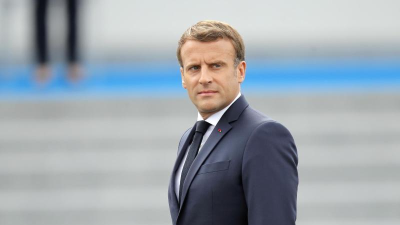 Präsident Emmanuel Macron am französischen Nationalfeiertag in Paris. Foto: Christophe Ena/AP/dpa