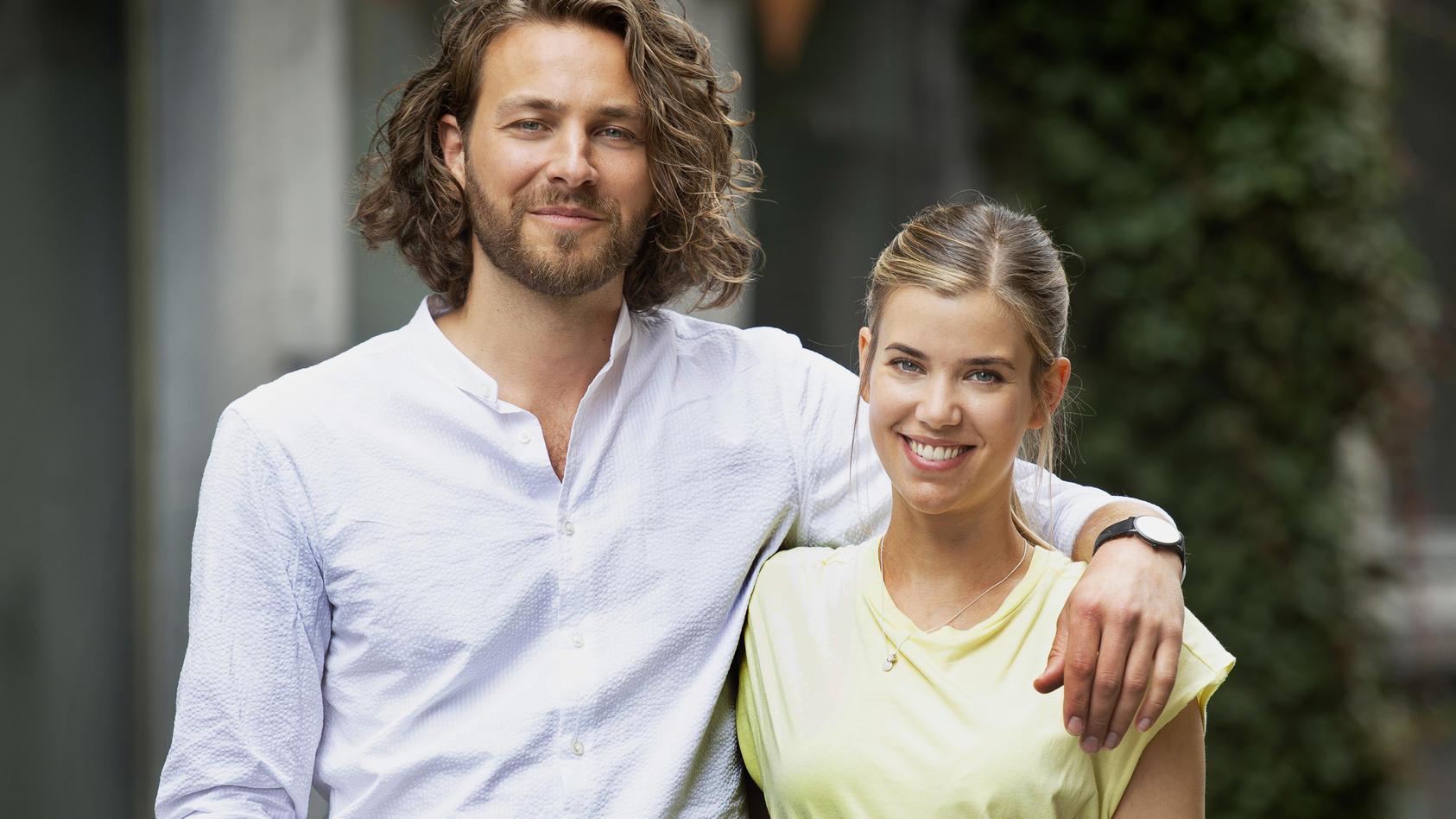 """""""Verbotene Liebe – Next Generation"""" : Alexander Verhoven (Frederik Götz) und Josefin Reinhard (Sina Zadra) stehen im Mittelpunkt der  Neuauflage."""