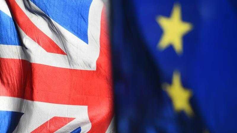 Die EU und Großbritannien verhandeln weiterhin über die künftigen Beziehungen anch dem Brexit. Foto: Kirsty O'Connor/Press Association/dpa/Symbolbild