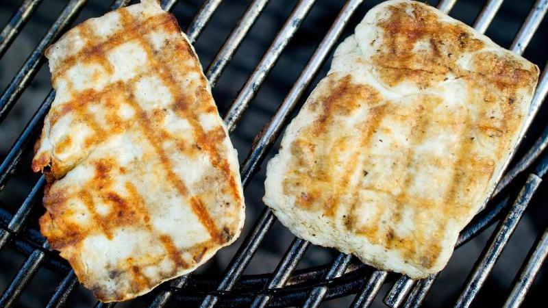 Zypern blockiert wegen Halloumi-Käse dasHandelsabkommen zwischen der EU und Kanada. F