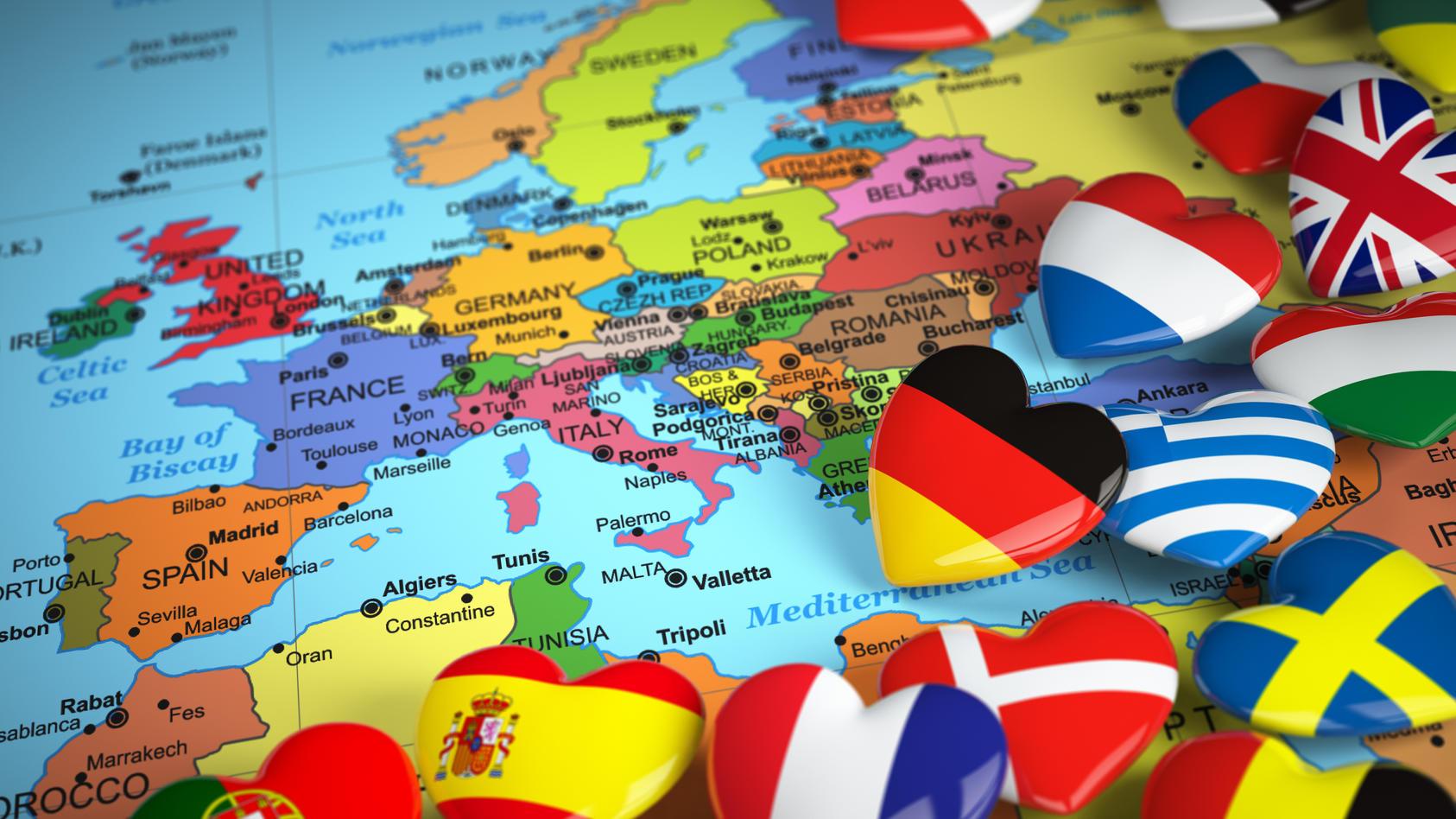 Wohin soll es im Sommer 2020 in Urlaub gehen? Das hängt für viele Reisende vor allem von den aktuellen Corona-Zahlen im jeweiligen Urlaubsland ab.