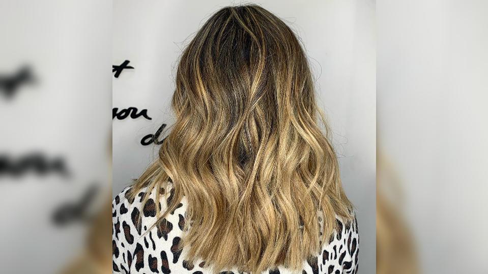 Mit Undone Blonde reduzieren sich die Friseurbesuche drastisch - und der Look stimmt trotzdem