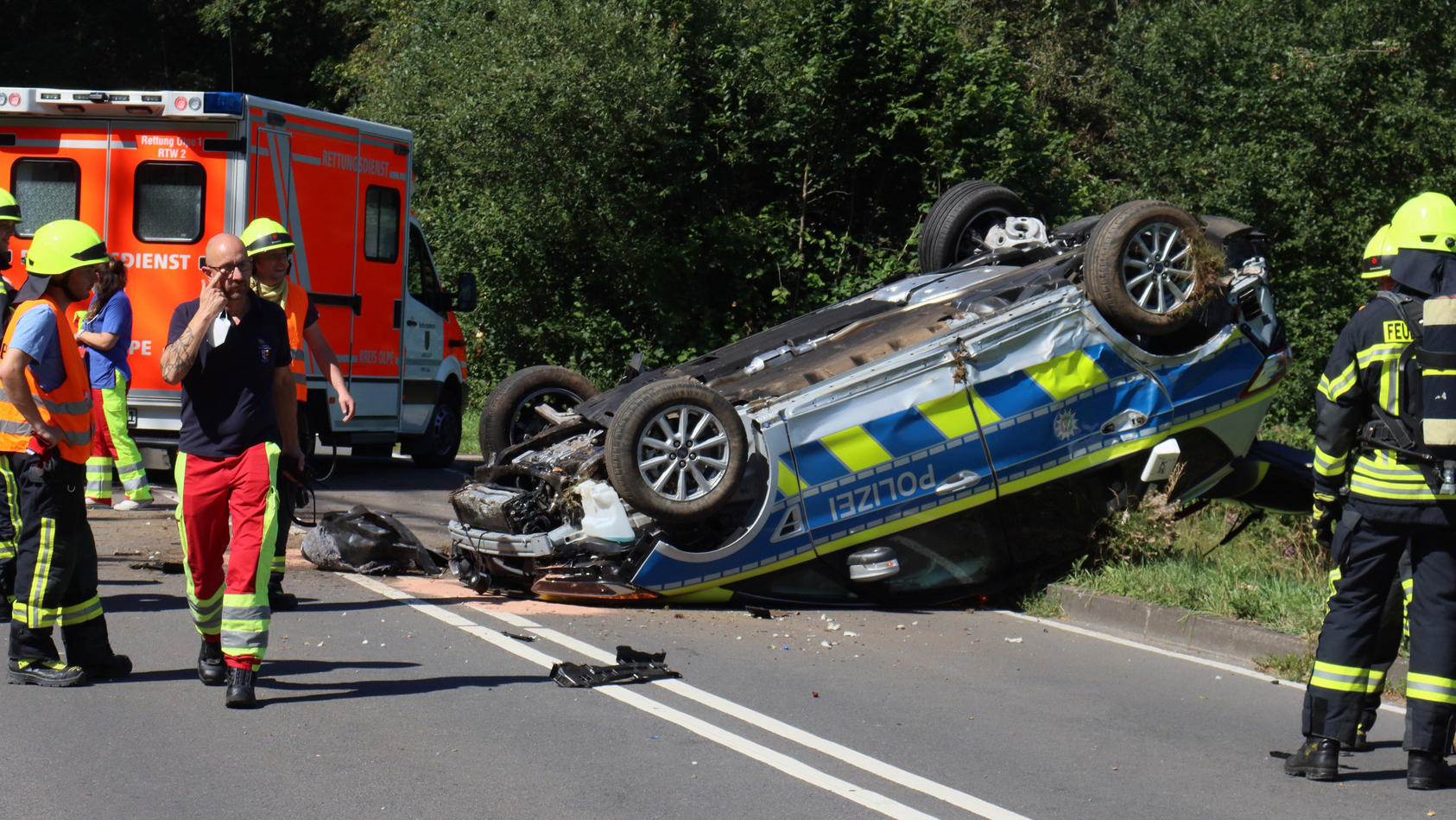 Unfall mit Polizeifahrzeug in Olpe.