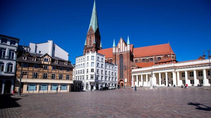 Der Schweriner Dom. Foto: Jens Büttner/dpa-Zentralbild/dpa/Archivbild