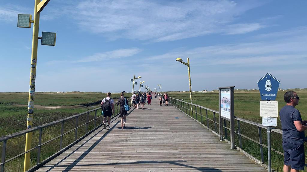 Lasersensoren und Kameras sollen den Zugang über die Seebrücke regeln.
