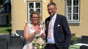 """Bei """"First Dates - Ein Tisch für Zwei"""" hat es gefunkt, jetzt sind Claudia und Dirk ein glückliches Ehepaar"""