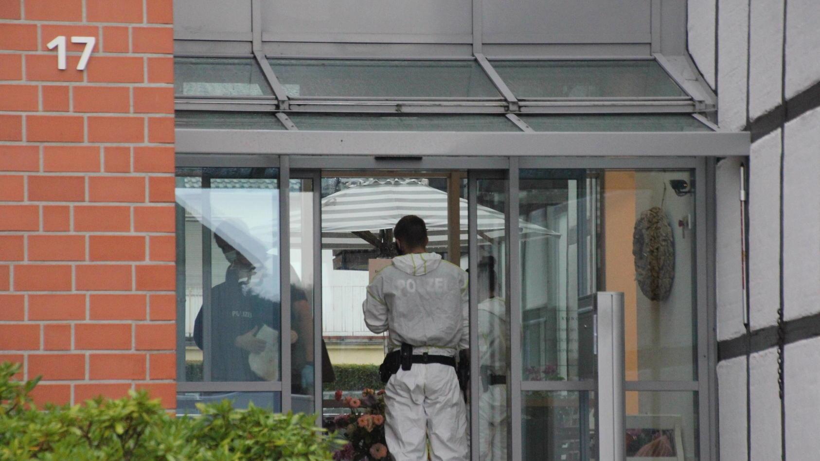 Polizei durchsucht Altenheim im Landkreis Goslar In Lagelsheim im Lankreis Goslar durchsuchen seit den frühen Morgenstun