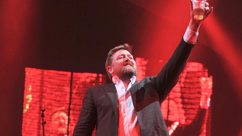 Guy Garvey from Elbow 2012