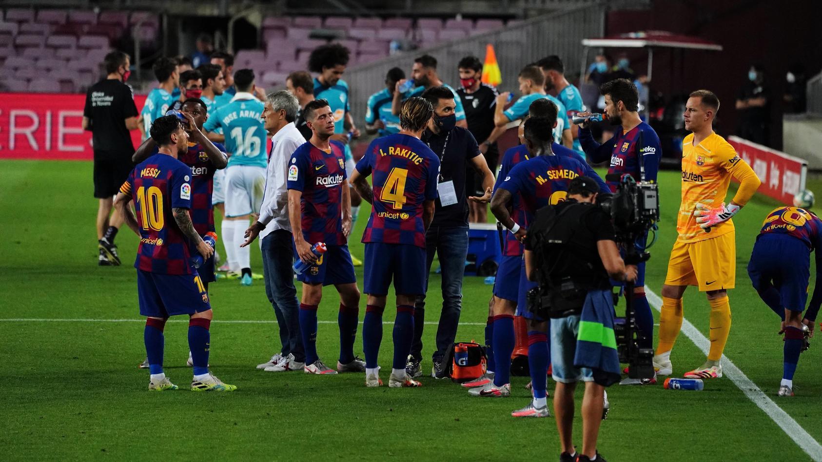 Fußball, FC Barcelona - CA Osasuna Spanish La Liga soccer match FC Barcelona, Barca vs Osasuna at Camp Nou Stadium, Barc