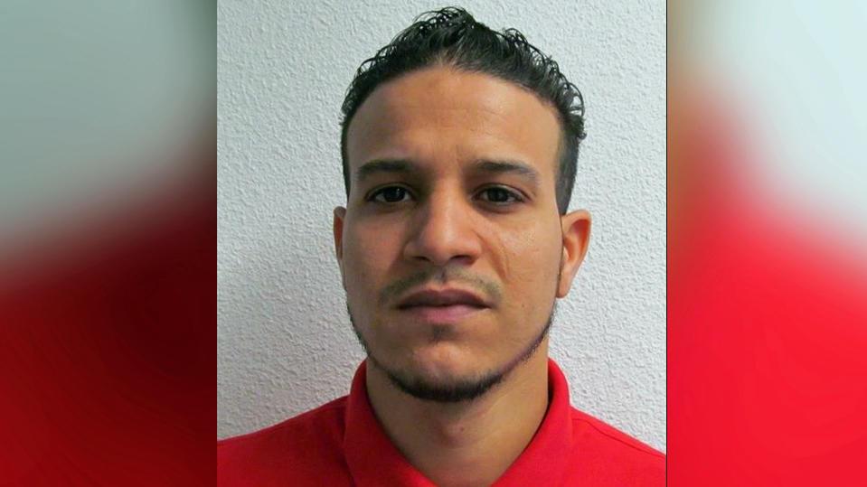 Die Polizei Bochum sucht nach diesem Mann.