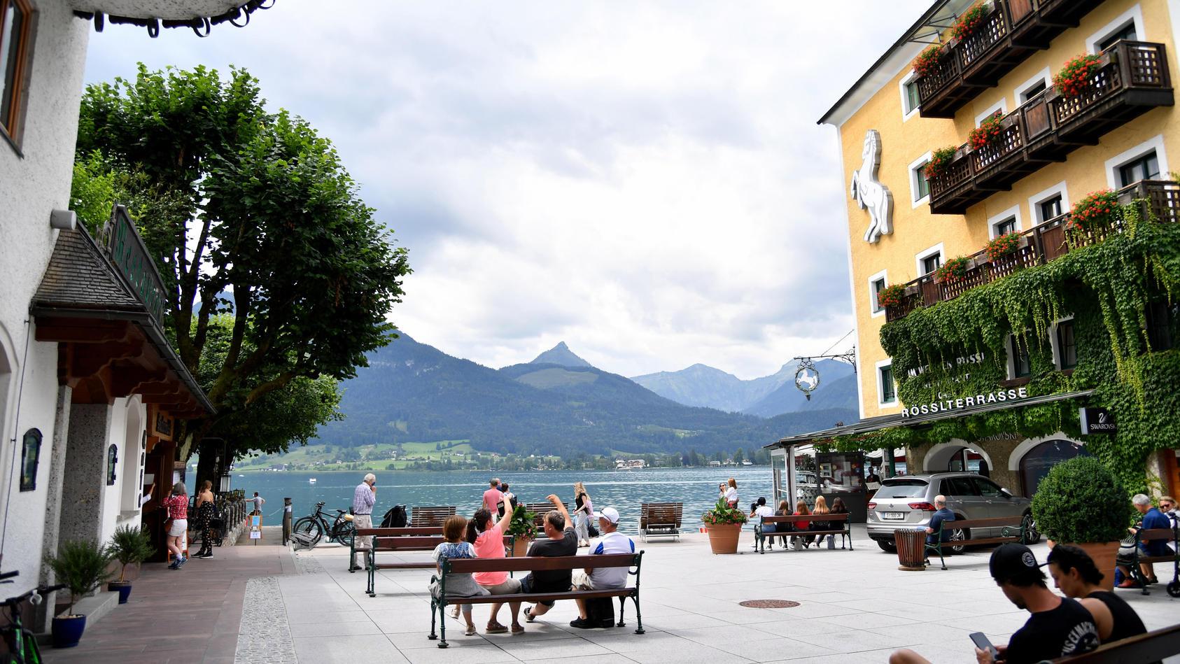 Eine Frau aus Deutschland ist in Österreich wegen wiederholten Bruchs ihrer Quarantäne zu 10.800 Euro Geldstrafe verurteilt worden (Symbolbild)