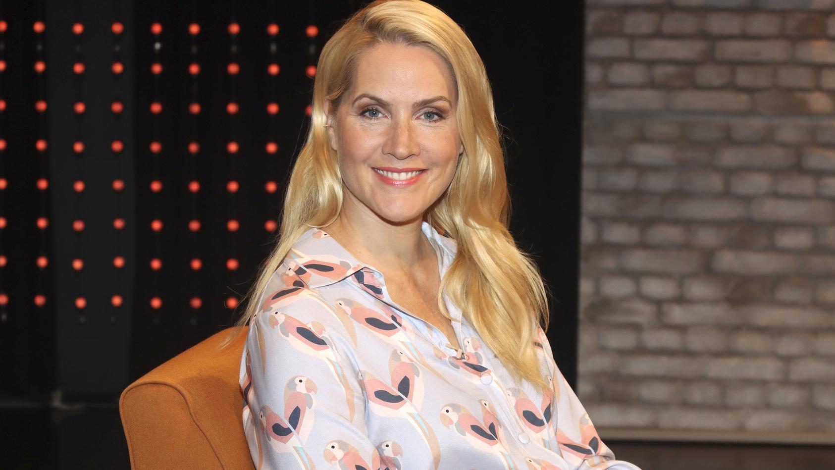 Judith Rakers bei der Aufzeichnung der Radio Bremen Talkshow '3 nach 9' im Eventstudio im Weserhaus in Bremen Anfang Juli.