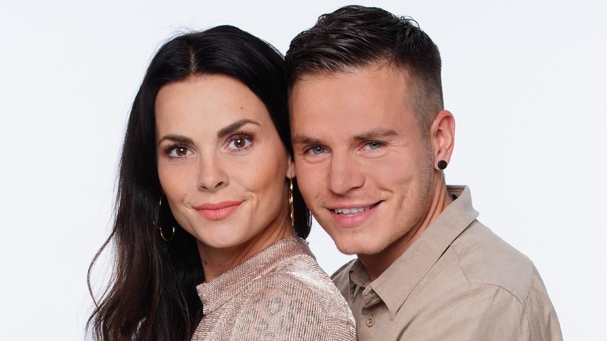 Planen  Denise Kappès und ihr Freund Henning Merten etwa Nachwuchs im Sommerhaus?