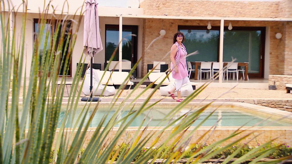 Christiane Daniel in Luxus-Villa auf Formentera