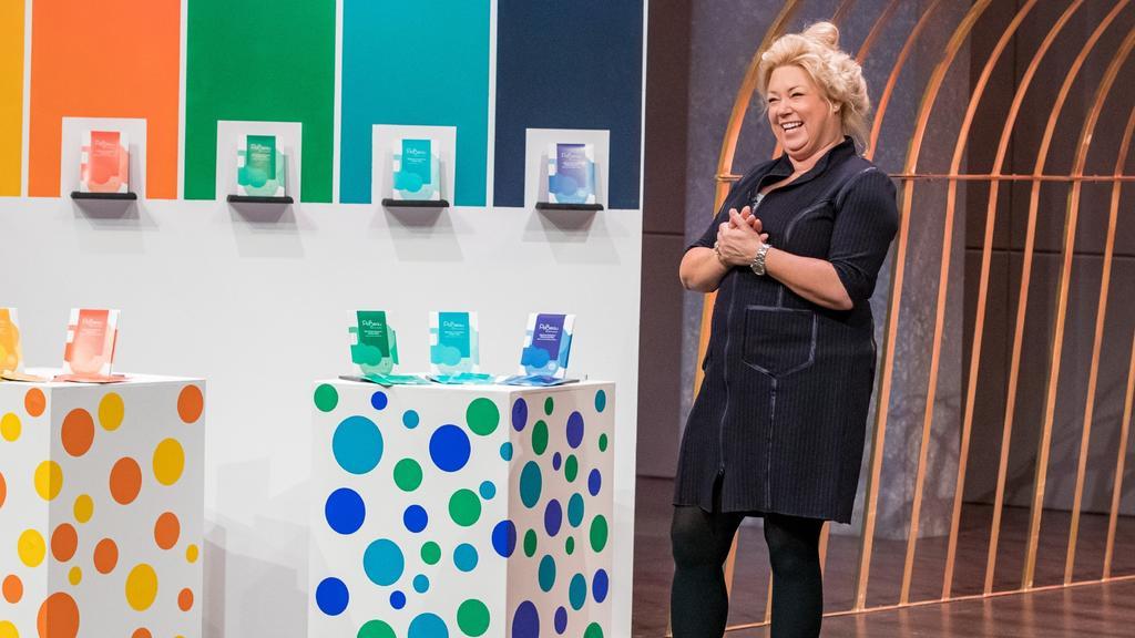Dr. Sandy Glückstein arbeitete im Management von DAX-Organisationen und als Beraterin mit Schwerpunkt Management Beratung und Change-Management. 2019 hat sie ihre eigene Marke PoBeau gelauncht.