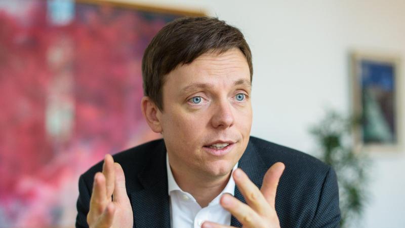 Tobias Hans (CDU), Ministerpräsident des Saarlandes. Foto: Oliver Dietze/dpa/Archiv