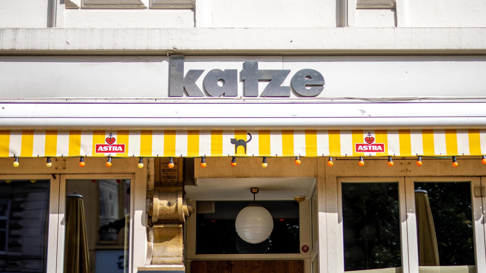 """Hamburg, 17. September 2020 - Bar """"Katze""""  im Hamburger Schanzenviertel *** Hamburg, 17 September 2020 Bar Katze"""