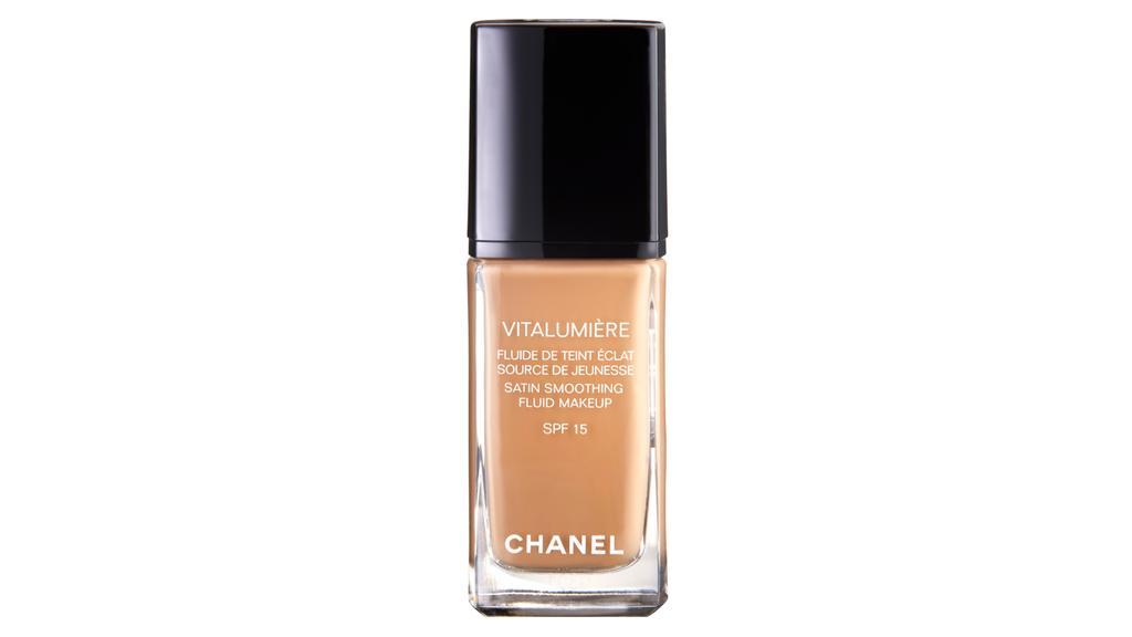 Chanel-Foundation Vitalumière.