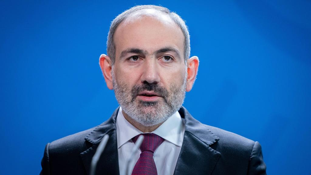 Nikol Paschinjan, Ministerpräsident Armeniens