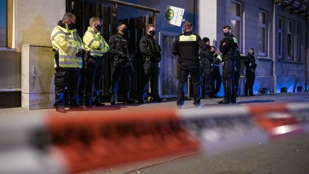 Laut Polizei soll ein Mensch in Celle in Niedersachsen getötet worden sein.