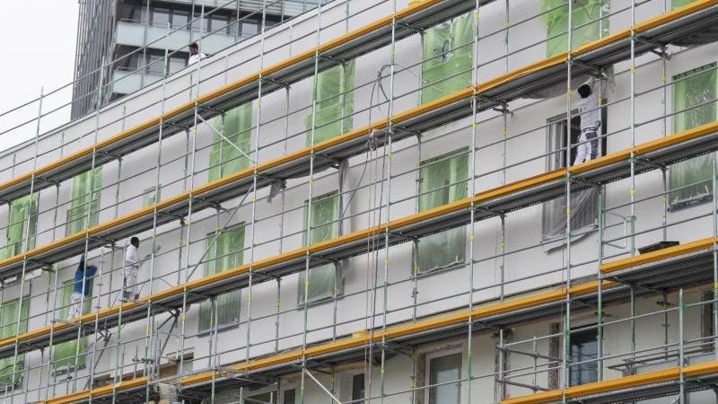 Frankfurt hat das Risiko einer Immobilienblase. Foto: Boris Roessler/dpa