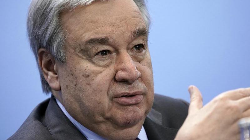 UN-Generalsekretär António Guterres ruft zu mehr Geld für Impf-Kooperation auf. Foto: Michael Kappeler/dpa/Pool/dpa