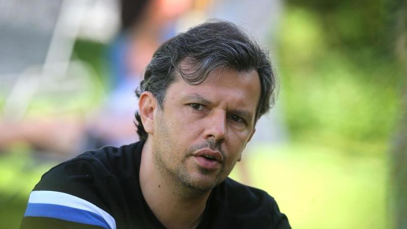 Samir Arabi, Sportchef von Arminia Bielefeld. Foto: Karl-Josef Hildenbrand/dpa/Archiv