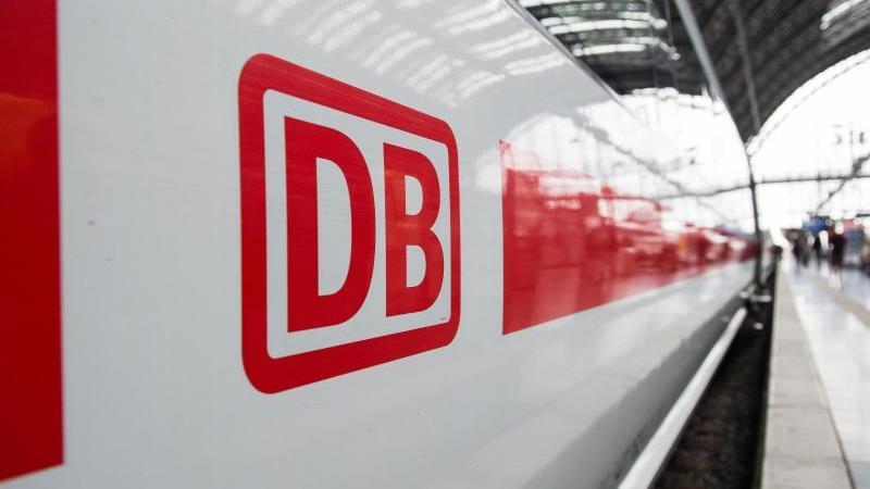 Die rechtlichenBedingungen für EU-Zugreisen werden reformiert. Foto: Silas Stein/dpa