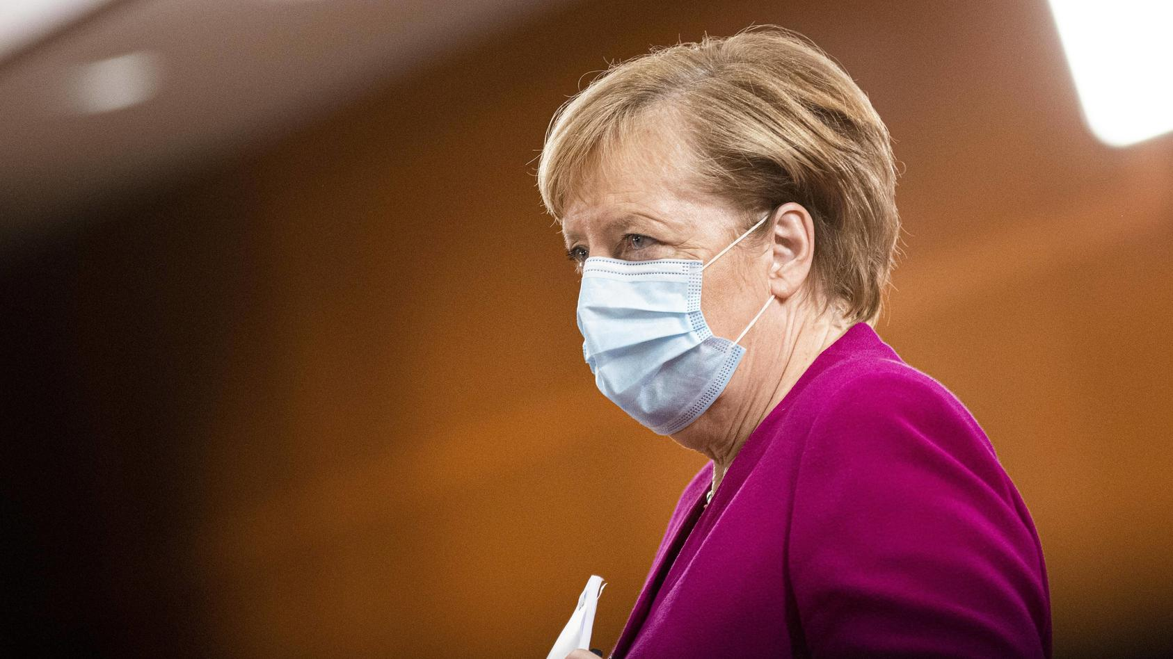 Angela Merkel, Bundeskanzlerin, aufgenommen im Rahmen der woechentlichen Sitzung des Kabinetts in Berlin, 14.10.2020. B