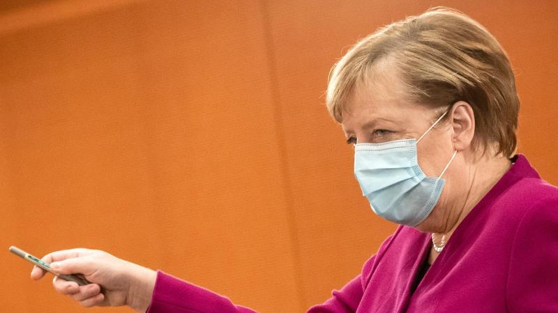 Ist skeptisch, ob die Maßnahmen ausreichen werden: Kanzlerin Angela Merkel. Foto: Michael Kappeler/dpa