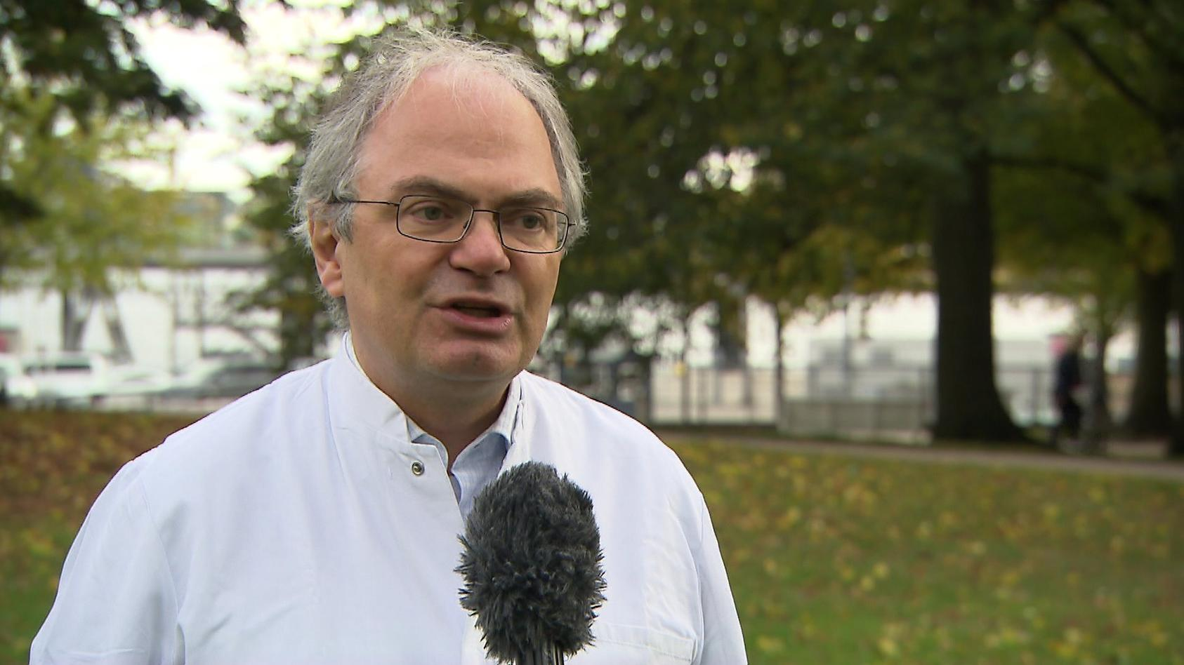 Virologe Helmut Fickenscher, Leiter des Instituts für Infektionsmedizin an der Kieler Universität