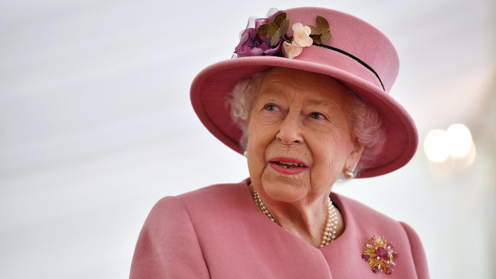 Erster öffentlicher Auftritt der Queen seit Beginn der Pandemie
