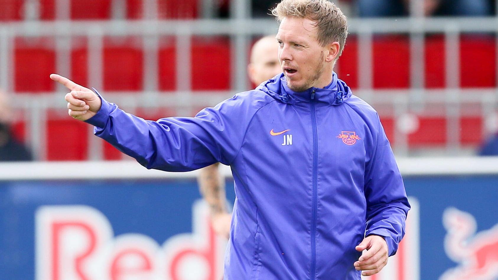 Leipzig-Coach Julian Nagelsmann beim Training seiner Mannschaft