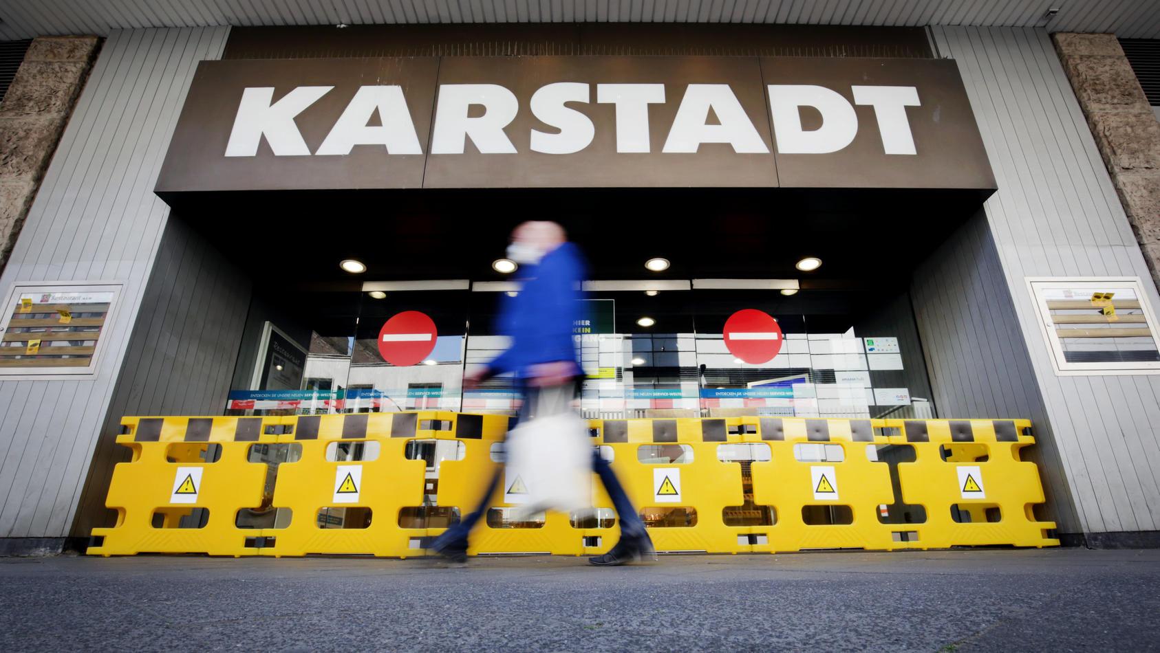Ehemalige Karstadt-Mitarbeiter könnten bald in Gesundheitsämtern aushelfen, so ein Vorschlag des Berliner Finanzsenators.