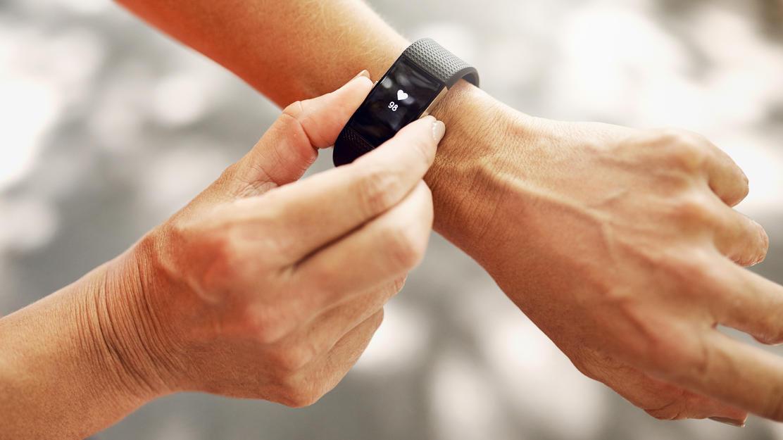 Welcher Fitnesstracker ist gut? Ein Test zeigt, dass Samsung und Garmin empfehlenswerte Geräte anbieten
