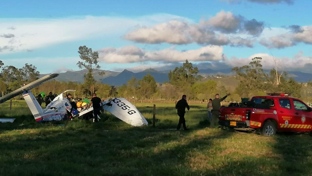 Ein Baby überlebt einen Flugzeugzeugabsturz in Kolumbien dank seiner Mutter, die bei dem Unglück stirbt.
