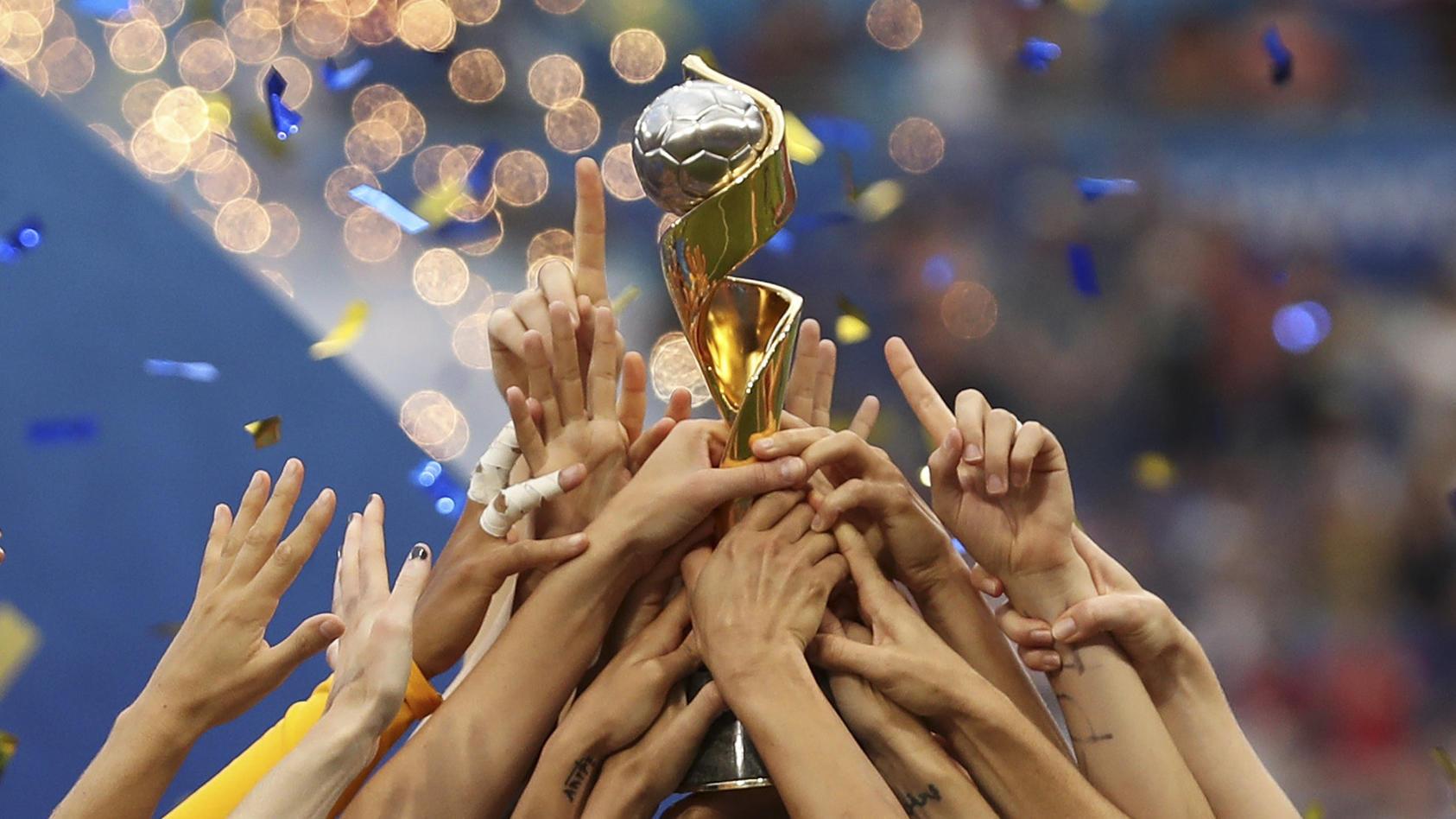 Deutschland bewirbt sich um Frauenfußball-WM 2027