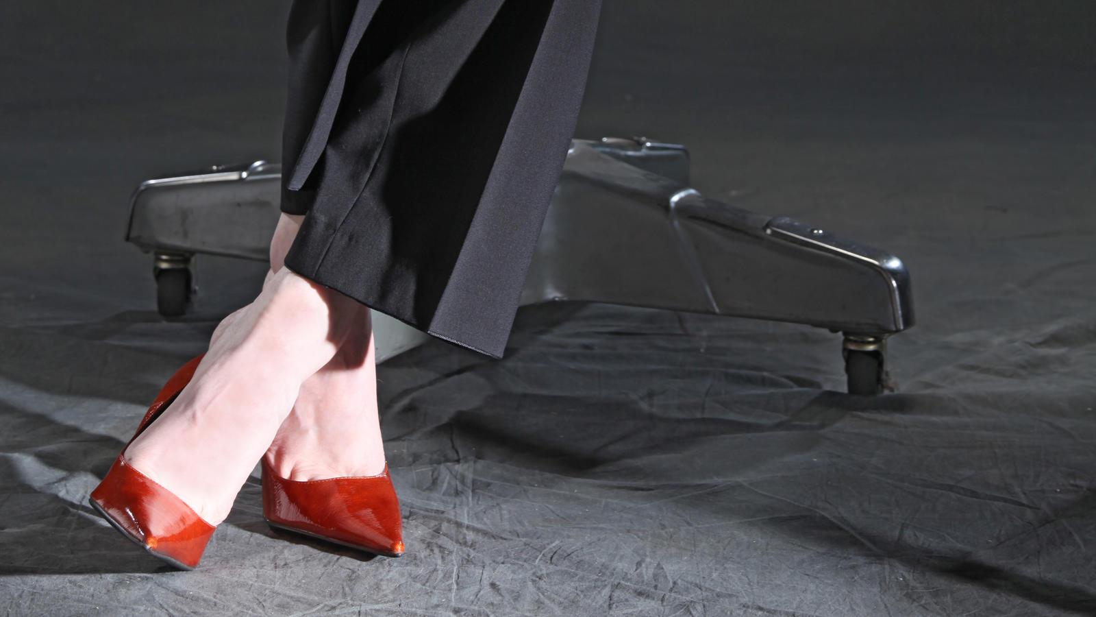Mark Bryan trägt High Heels im Büro und will damit ein wichtiges Zeichen setzen!