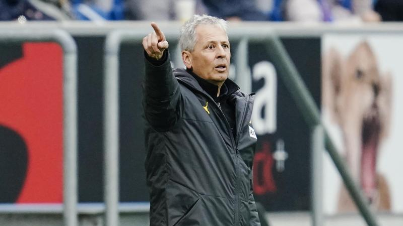 Dortmunds Trainer Lucien Favre gestikuliert. Foto: Uwe Anspach/dpa