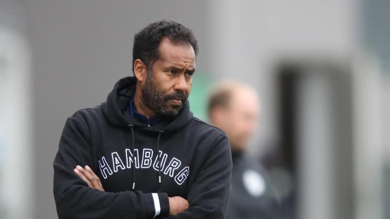 Der Hamburger Trainer Daniel Thioune. Foto: Daniel Karmann/dpa