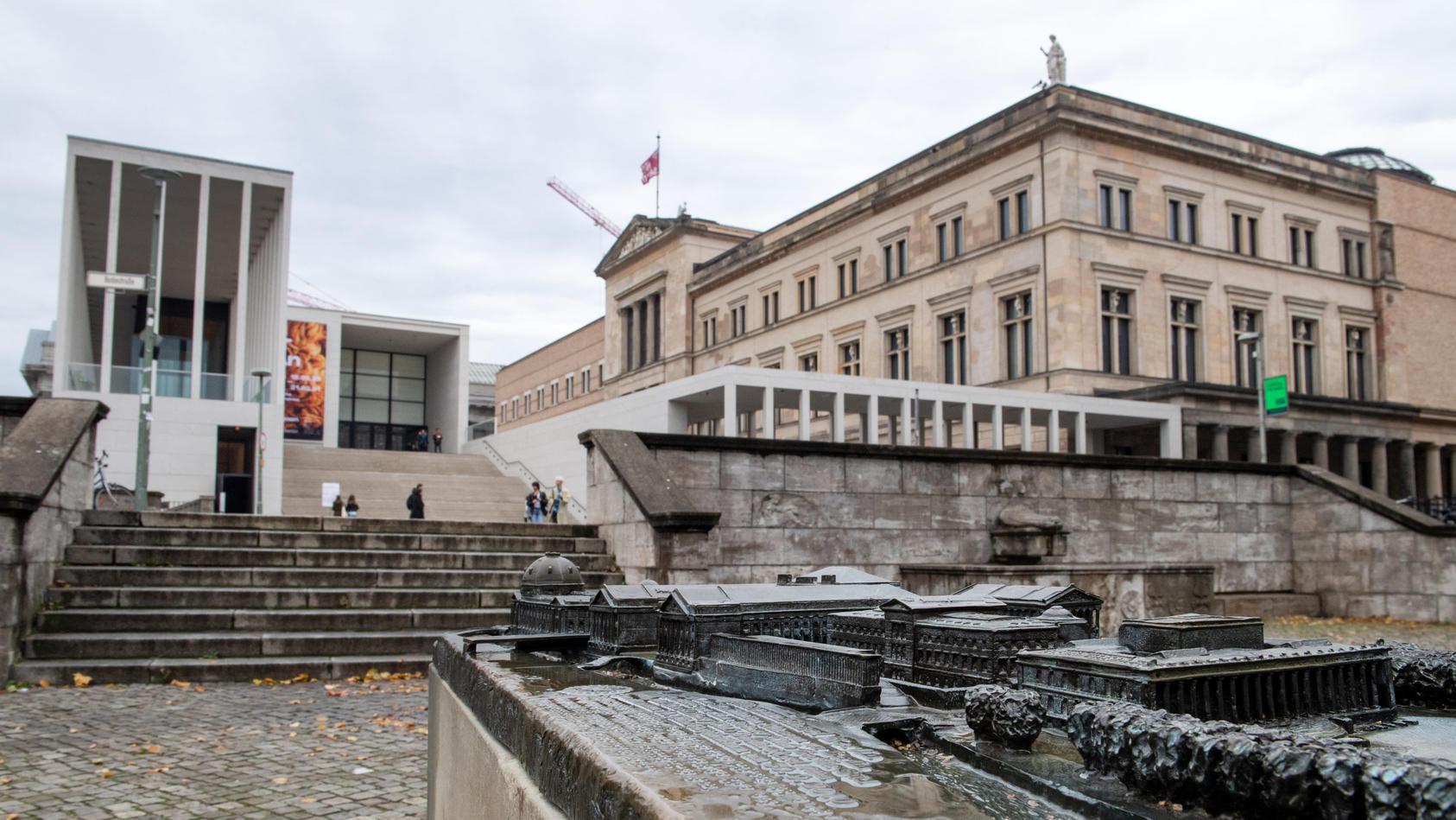 Zahlreiche Kunstwerke auf der Museumsinsel beschädigt