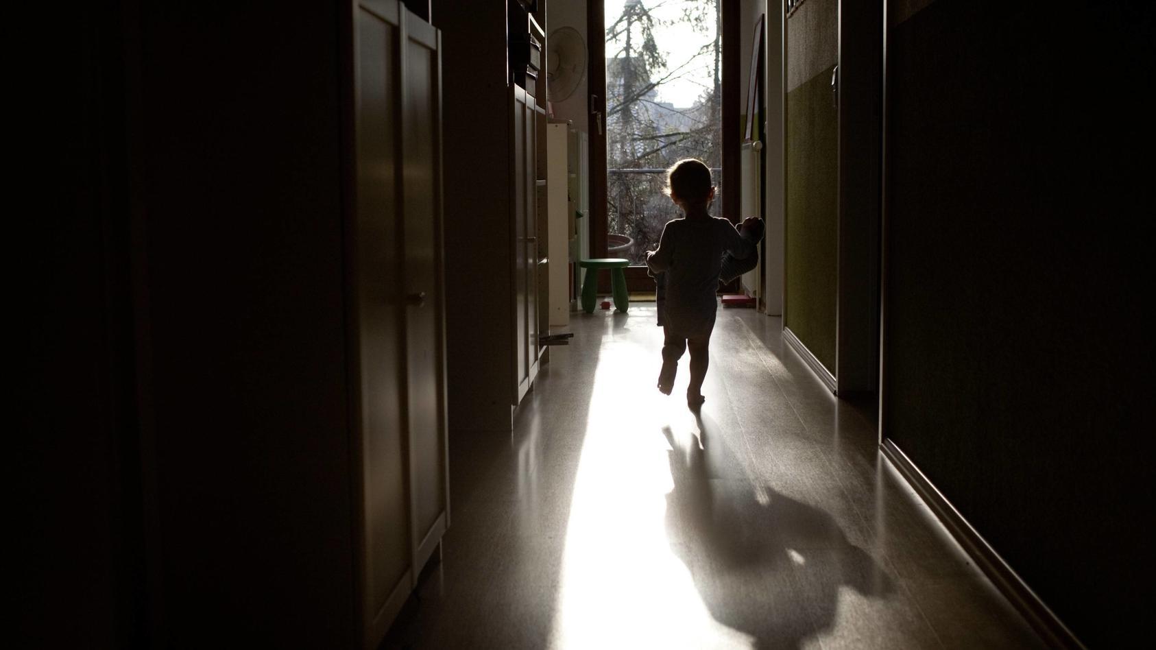 Die Polizei Koblenz wehrt sich gegen Vorwürfe, sexuellen Kindesmissbrauch in einer Kita vertuschen zu wollen (Symbolbild)