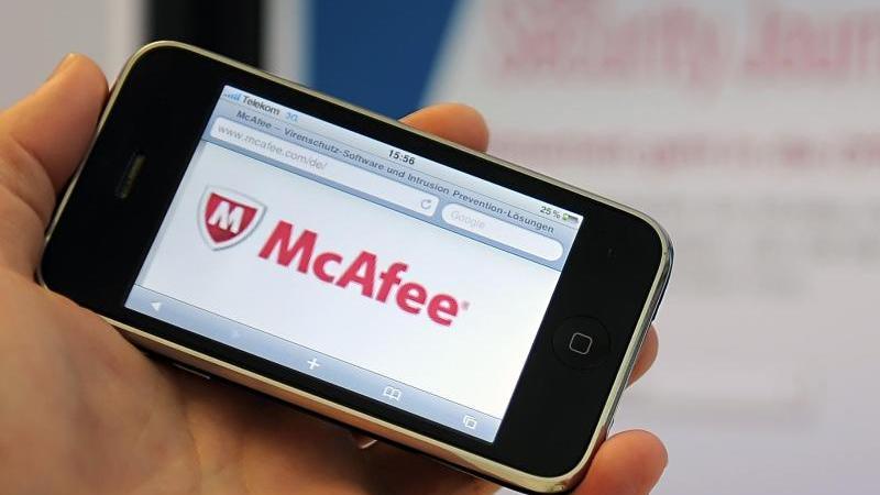 Die IT-Sicherheitsfirma McAfee hat bei ihrer Rückkehr an die Börse knapp 620 Millionen Dollar von Investoren eingesammelt. Weitere 120 Millionen Dollar nahmen McAfee-Aktionäre durch den Verkauf von Anteilen ein. Foto: picture alliance / Britta Pedersen/dp