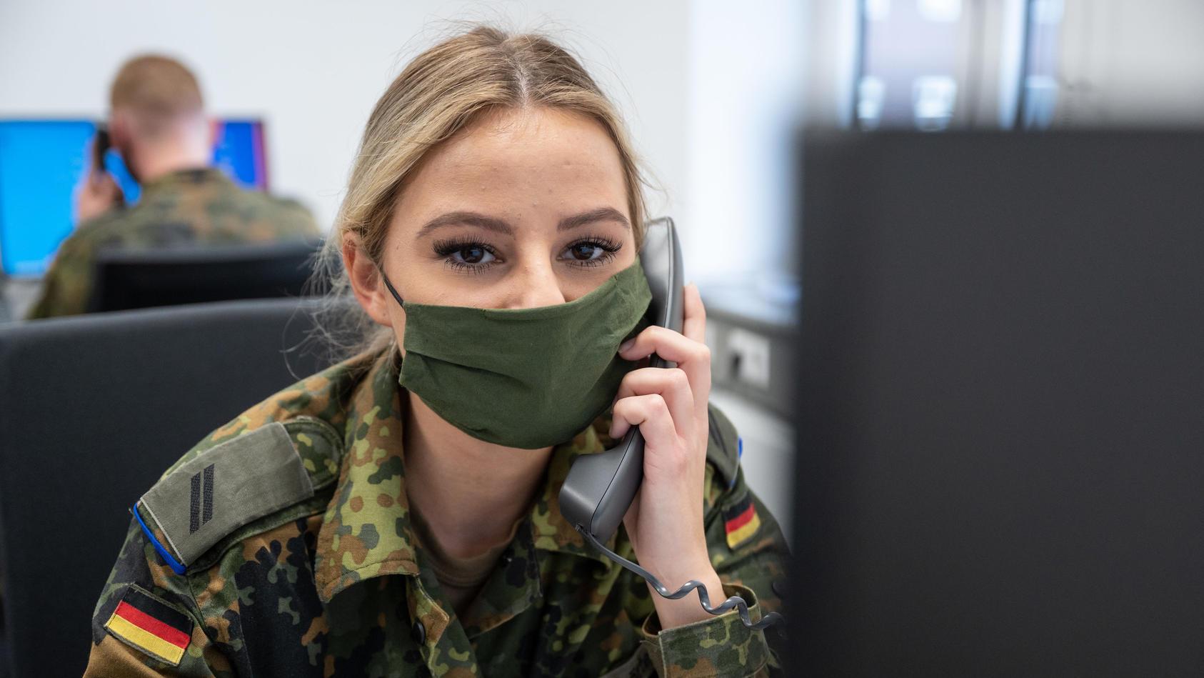 Coronavirus - Bundeswehrsoldaten unterstützen Gesundheitsamt