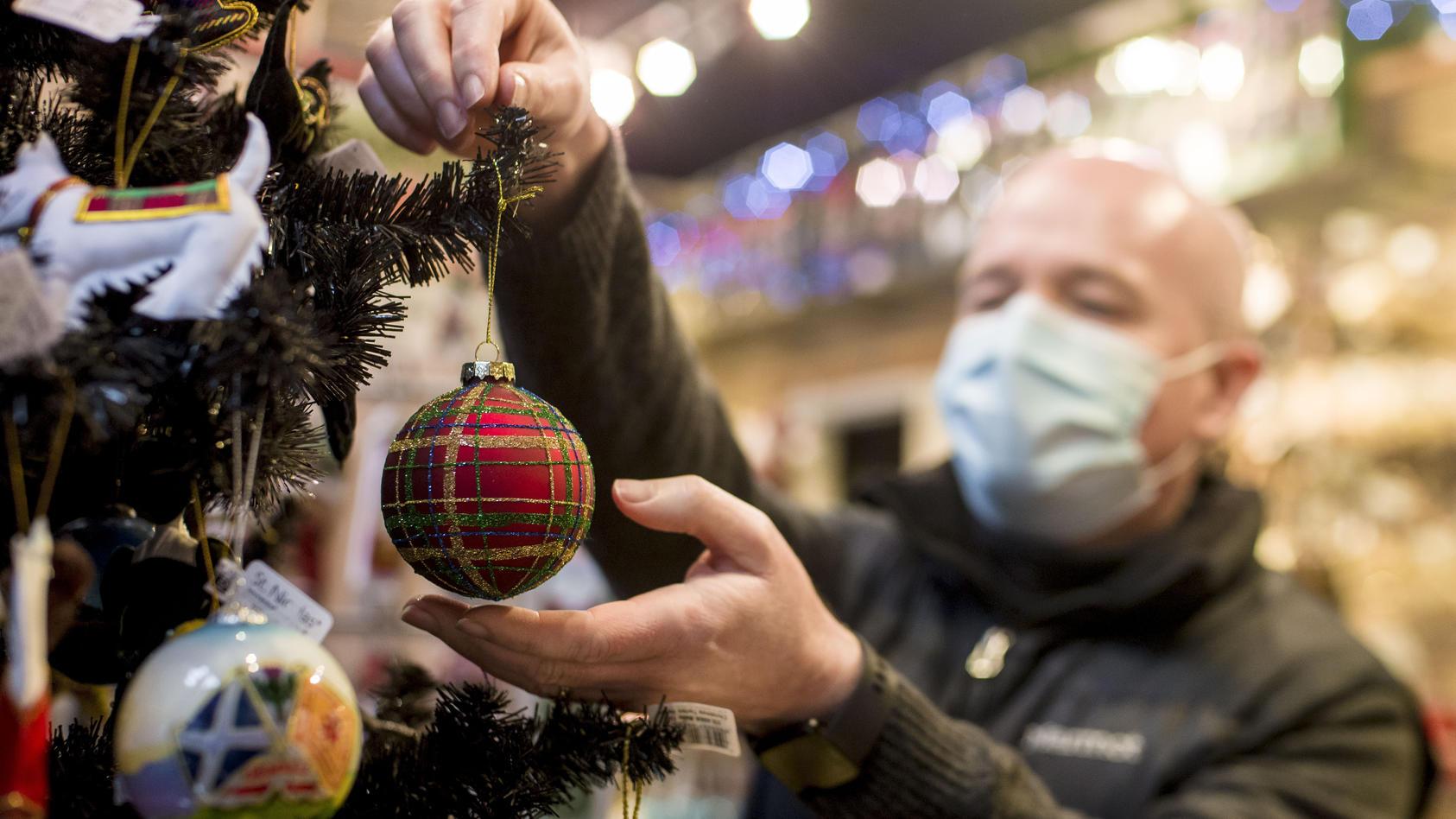 Schottischer Klinik-Chef Leitch: Weihnachten 2020 muss anders gefeiert werden als sonst