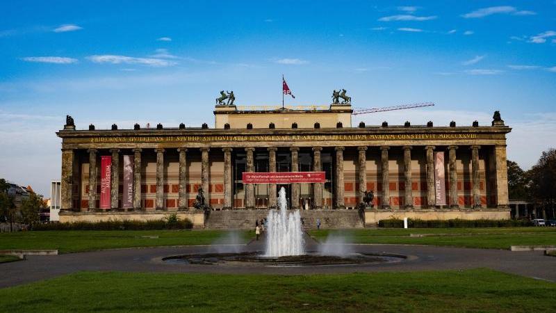 Blick auf das Alte Museum. Foto: Paul Zinken/dpa-Zentralbild/dpa
