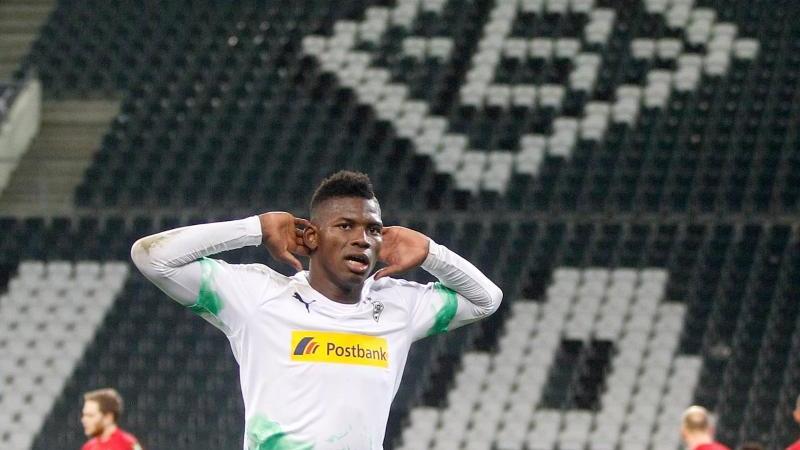 Borussias Breel Embolo. Foto: Roland Weihrauch/dpa/Archivbild