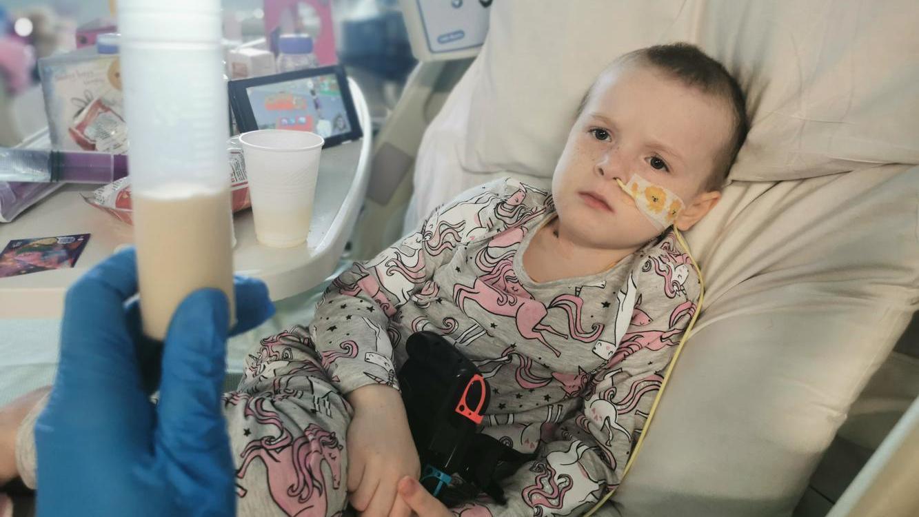 Elizabeth hat eine seltene Form von Blutkrebs - die Ärzte glaubten, sie simuliert nur