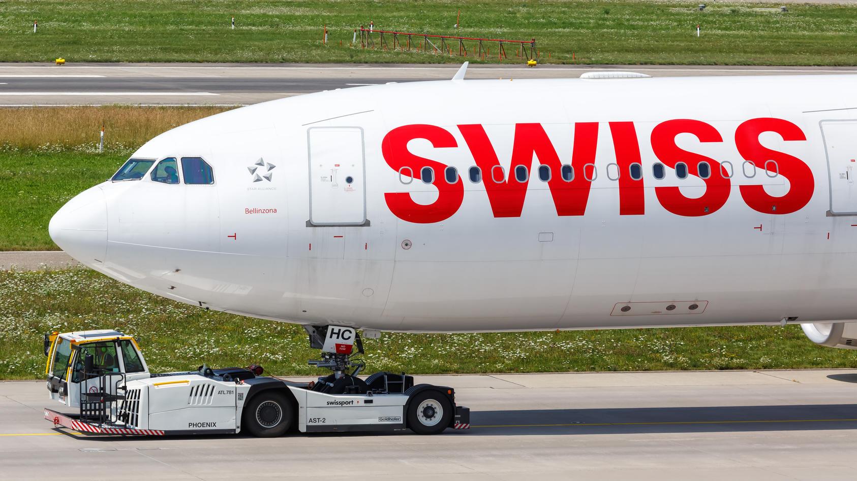 Die Lufthansa-Tochter Swiss muss ebenfalls ein hartes Sparprogramm umsetzen.