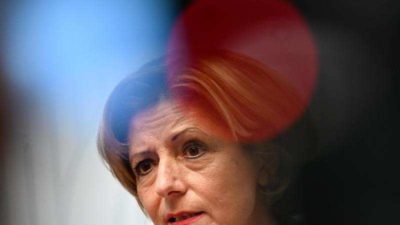 Malu Dreyer, die Ministerpräsidentin des Landes Rheinland-Pfalz. Foto: Arne Dedert/dpa/Archivbild